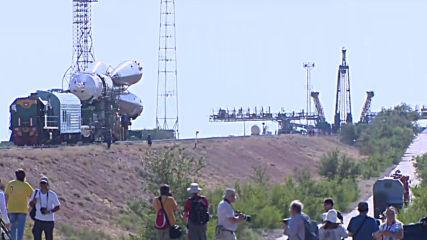 Kazakhstan: Soyuz MS-13 installed on launch platform