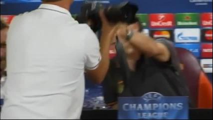 ВИДЕО: Руди Гарсия се скара на фоторепортерите преди ШЛ