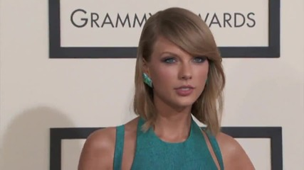 Taylor Swift Quickly Ends Twitter War With Apology