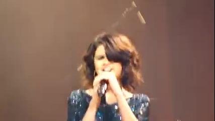 Selena Gomez & The Scene - Kiss & Tell live