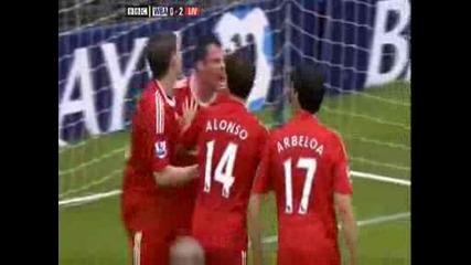 играчите на ливърпул се бият помежду си Carragher vs Arbeloa