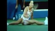 Шпагат при тенис и смешен инцидент