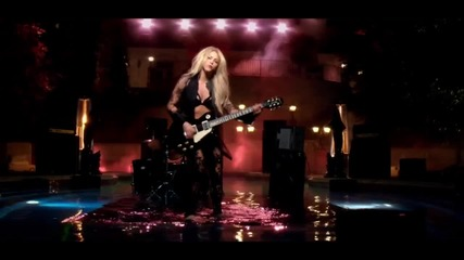 Shakira - Can't Remember to Forget You feat. Rihanna / Official video /