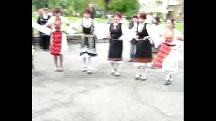 Танцов Ансамбъл българско Хоро16.04.08г.