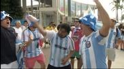 Феновете на Аржентина вече изпълват Маракана