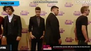 One Direction на червения килим на Video Music Awards 2012