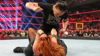 Top 10 Raw moments: WWE Top 10, Feb. 10, 2020
