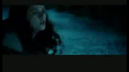 Edward And Bella - Stand in the rain+превод