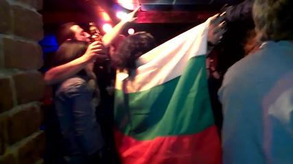 Еталон и приятели - химн на България - 03.03.2013. клуб