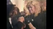 Guns N Roses - November Rain с превод