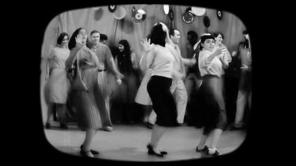 Sia - Cheap Thrills ( Lyric Video ) ft. Sean Paul