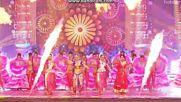 Deepika Singh танцува в Star Parivaar Awards 2016