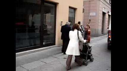 Кратка Разходка Из Павиа, Италия Част 1