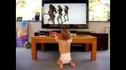 Танцуващ бебок