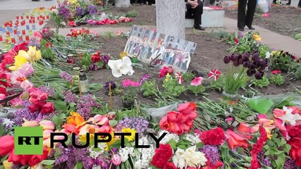 Ukraine: Floral tributes laid at Trade Union's House to commemorate Odessa victims