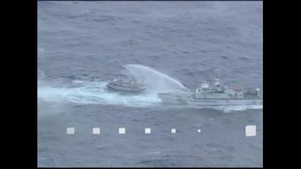 Битка между японски и тайвански кораби за островите Сенкаку, телевизии излъчват пряко