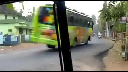 Шумахер вече кара автобус - Смях!!