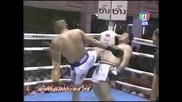 Най-смешния бой в Муай Тай