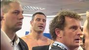 Виталий Кличко си сдържа нервите при шамара на Дерек Чисора