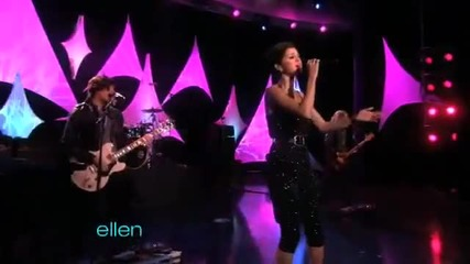 Selena Gomez & The Scene-a Year Without Rain-live