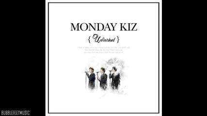 Monday Kiz - Sand Castle