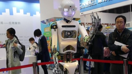 China: Robo-fish and artistic androids impress at World Robot Conference
