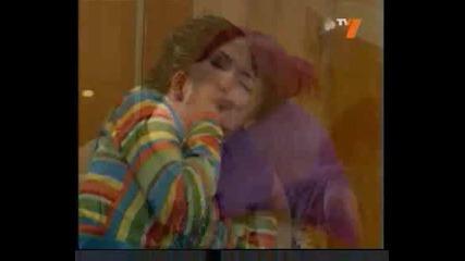 Диего целува роберта bg