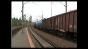 43-151-1 si 43-132-1 de la Gfr trag un tren de marfa in halta borcea