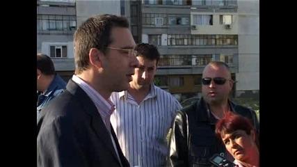 Събориха и ромското гето в кв. Меден Рудник Бургас
