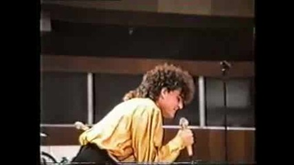 Деян Неделчев - Girlfriend - част,  Yes,  I Know - на живо - 1989