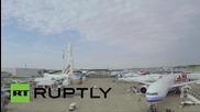 Дрон снима отвисоко авиоизложение в Париж