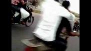 Луд пакистанец с мотор