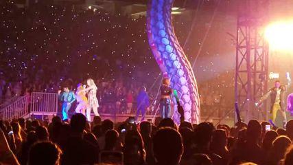 На живо от Глендейл! Taylor Swift - Shake It Off - Reputation Stadium Tour