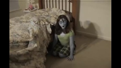 Possessed Girl Beheads Herself in her Bedroom!!!