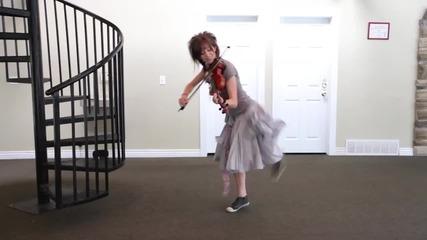 """Момичето с цигулката! Жесток кавър на песента """" Party rock anthem """" ! + Превод"""
