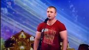 Охранител вдигна публиката на крака с изпълнението си - Молдова търси талант