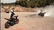 Дрифт шоу на мотоциклети