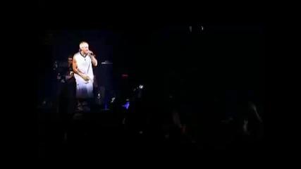 Eminem - Marshall Mathers ( На живо ) !!