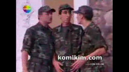 Www.komikim.com Emret Komutanim Terliksi Vedatin Kayip Ilac Operasyonu.wmv