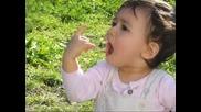 Усмивката на едно дете- Le sourire d'un mome- Flow