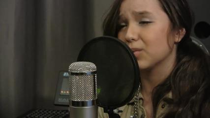 Тя определено има талант ! Maddi Jane - Just The Way You Are (bruno Mars)