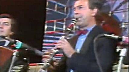 Merima Njegomir ( 1987 ) - Zanela me pesma ( Disko Folk na Tasmajdanu )