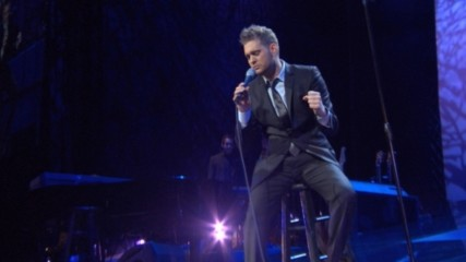 Michael Bublé - Me And Mrs. Jones (Live From Madison Square Garden) (Оfficial video)