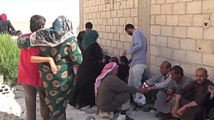 Syria: Refugees leave Idlib through humanitarian corridor