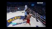Владимир Кличко преби Мормек, французинът издържа само 4 рунда