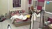 Съквартирантите влизат с взлом в стаята на Луна - Big Brother: Most Wanted 2017