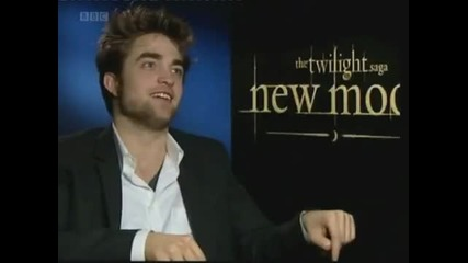 Funny interview with Robert Pattinson and Taylor Lautner