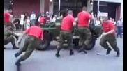 Как се разглобява военна джипка