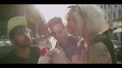 Asaf Avidan - One Day ( Официално Видео ) Рекламата на Мартинели