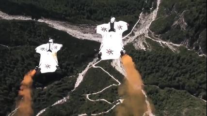 Base Jumping Wingsuit ..